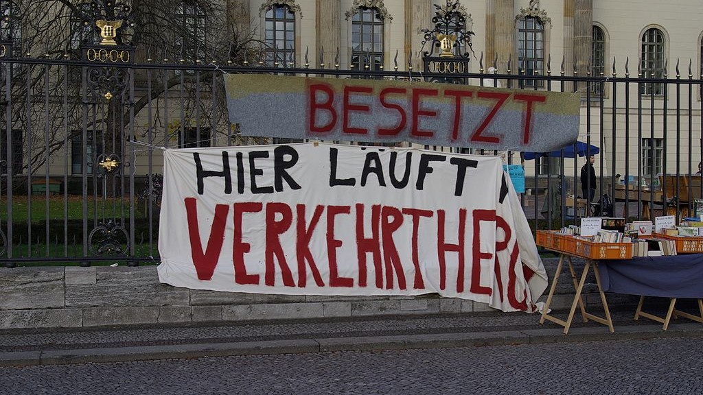 1024px-Berlin_Humboldt-Universität_Protest_001