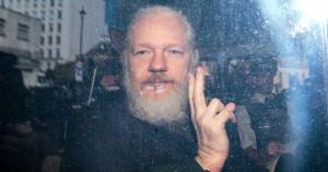 peace_victory_assange